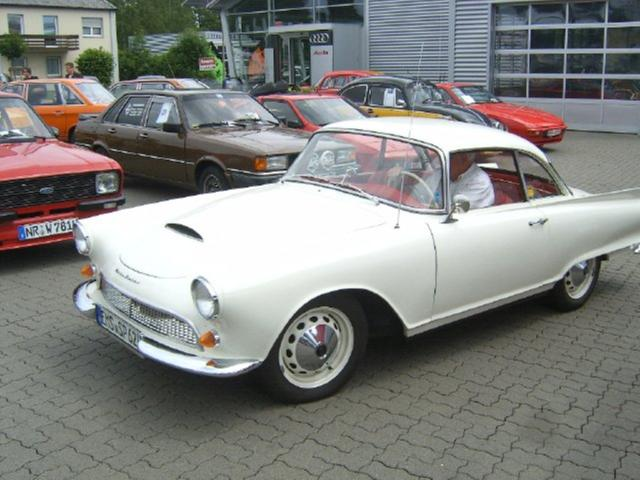 003-Loehr-Automobile-2012.jpg